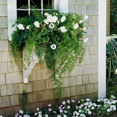 Exterior decoration ideas with flower in window 50