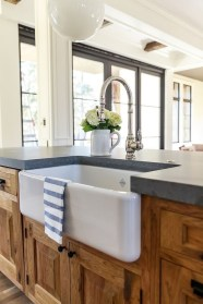 Wood kitchenset design ideas that you can try 02