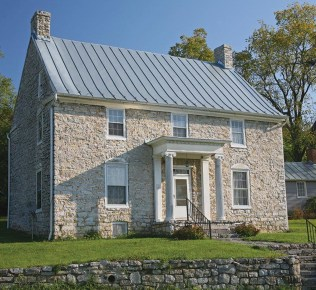 Best roof tile design ideas 14