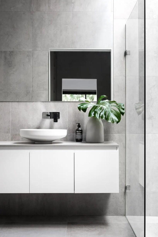 Minimalist bathroom design ideas 43