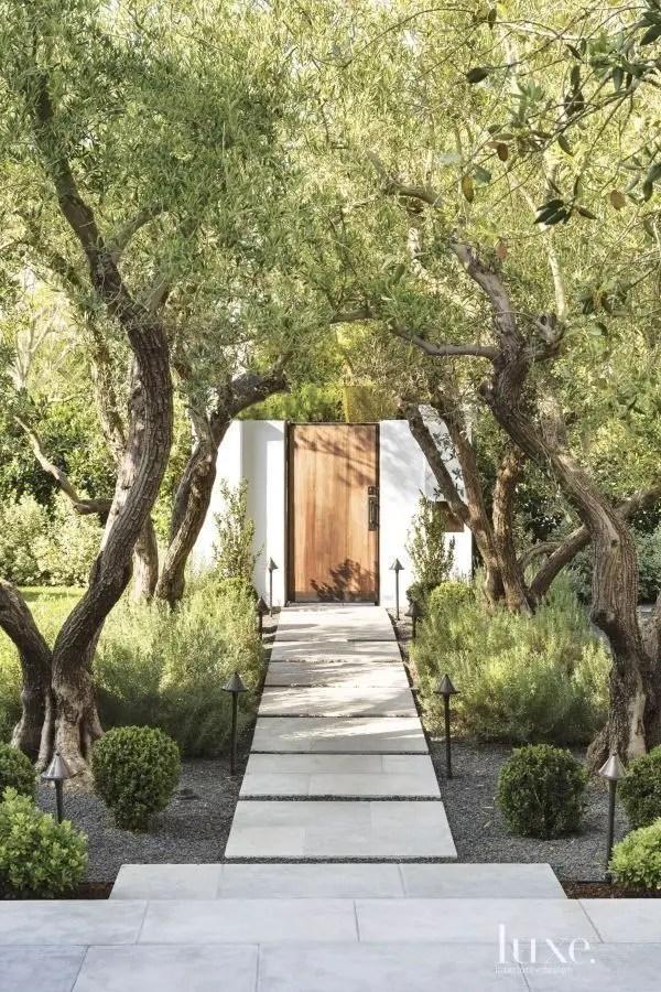 Modern&minimalist frontyard desgin ideas 02