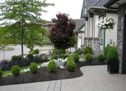 Modern&minimalist frontyard desgin ideas 18