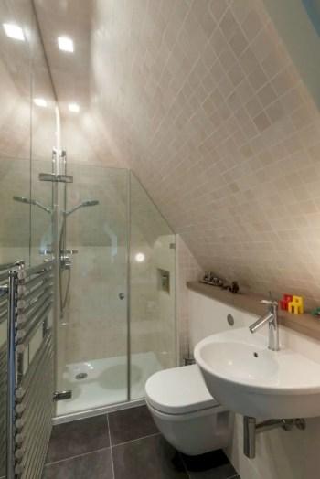 Inspiring small bathroom design ideas in apartment 35
