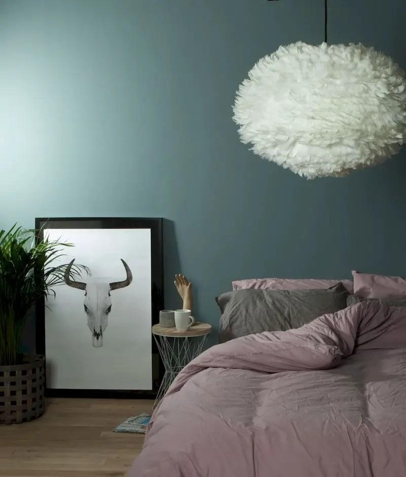Luxury bedroom design ideas with goose feather 31