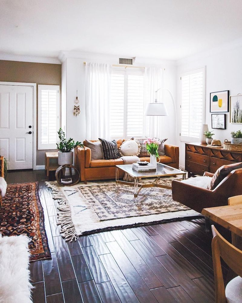 Spring living room design ideas that you can copy right now 24