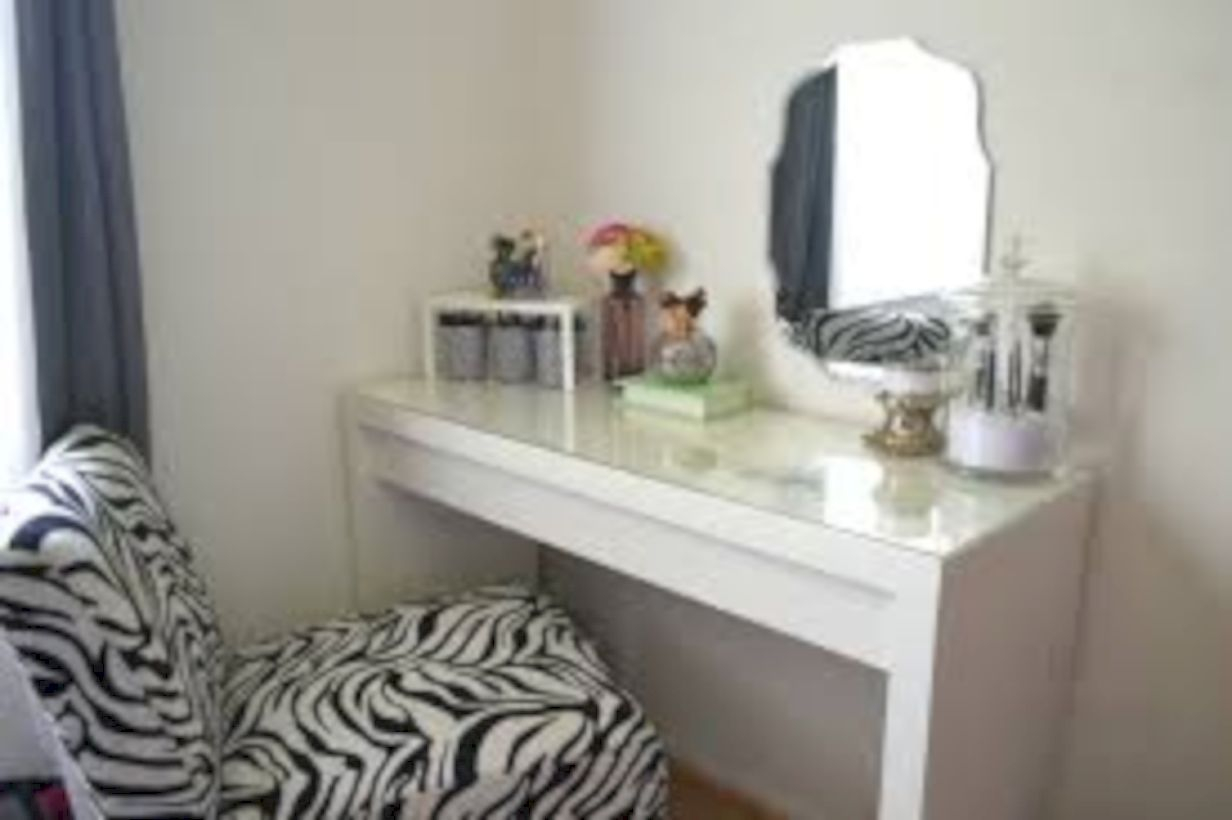 The best makeup table design ideas that you must copy right now 06