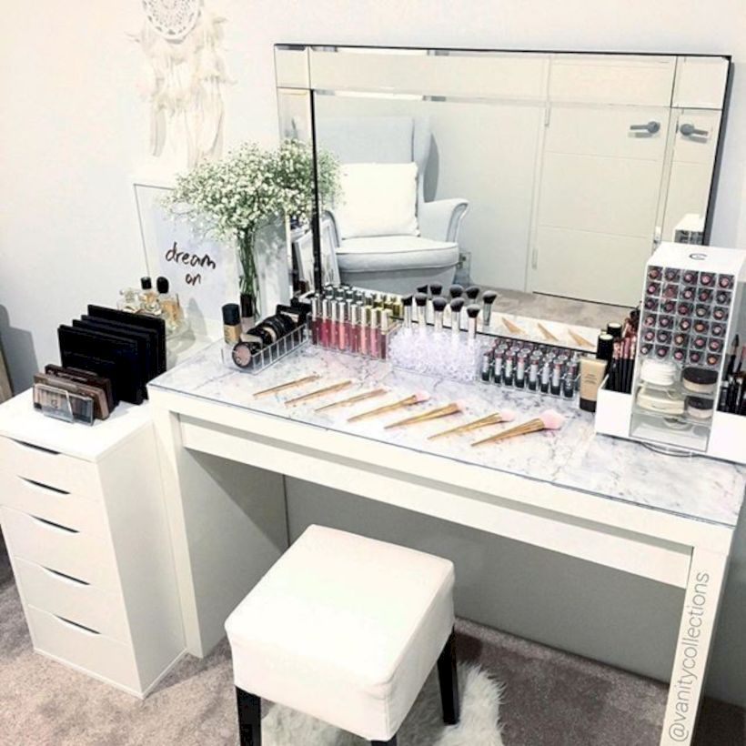 The best makeup table design ideas that you must copy right now 23