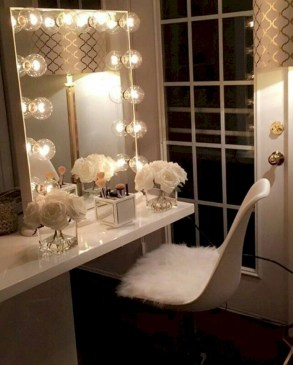 The best makeup table design ideas that you must copy right now 34