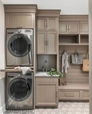 Inspiring small laundry room design ideas in spring 2019 26