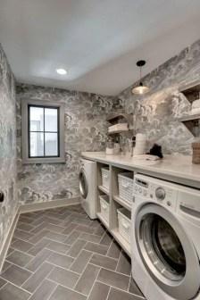 Inspiring small laundry room design ideas in spring 2019 39