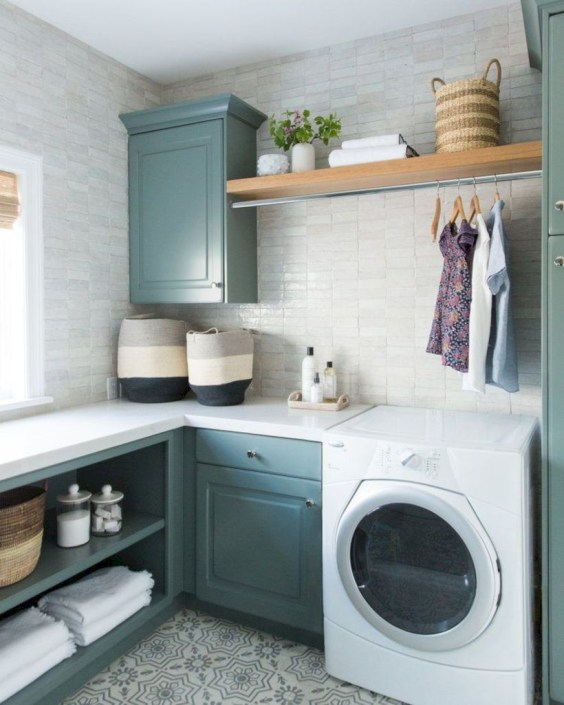 Laundry design ideas with drying room that you must try 20