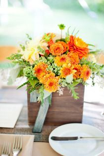 Inspiring wooden box ideas for flower that you can try 04