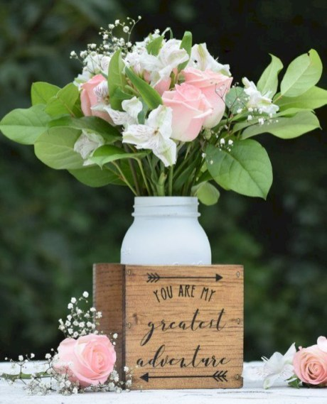 Inspiring wooden box ideas for flower that you can try 21