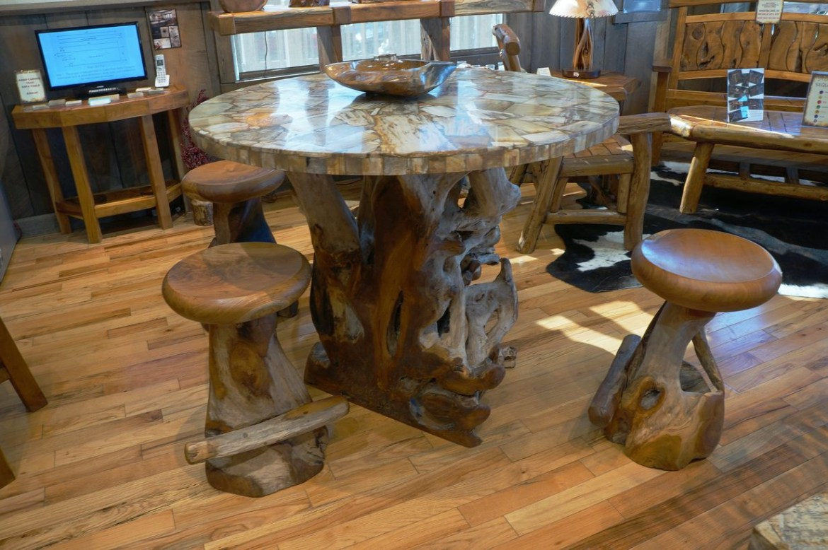 A beautiful teak wood furniture chairs with table mosaic pattern to enjoy your favorite drink