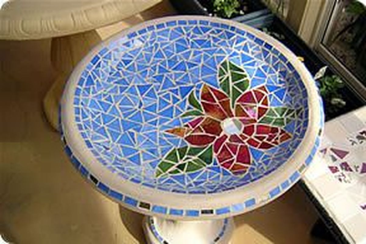 Adorable diy mosaic craft ideas to beautify your home decoration 02