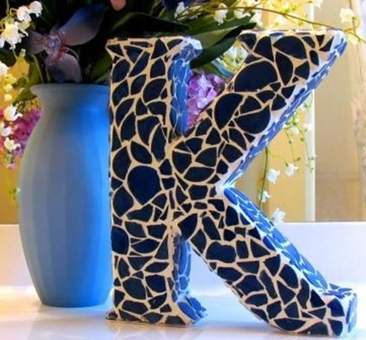 Adorable diy mosaic craft ideas to beautify your home decoration 44