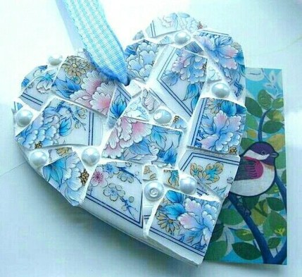 Adorable diy mosaic craft ideas to beautify your home decoration 49