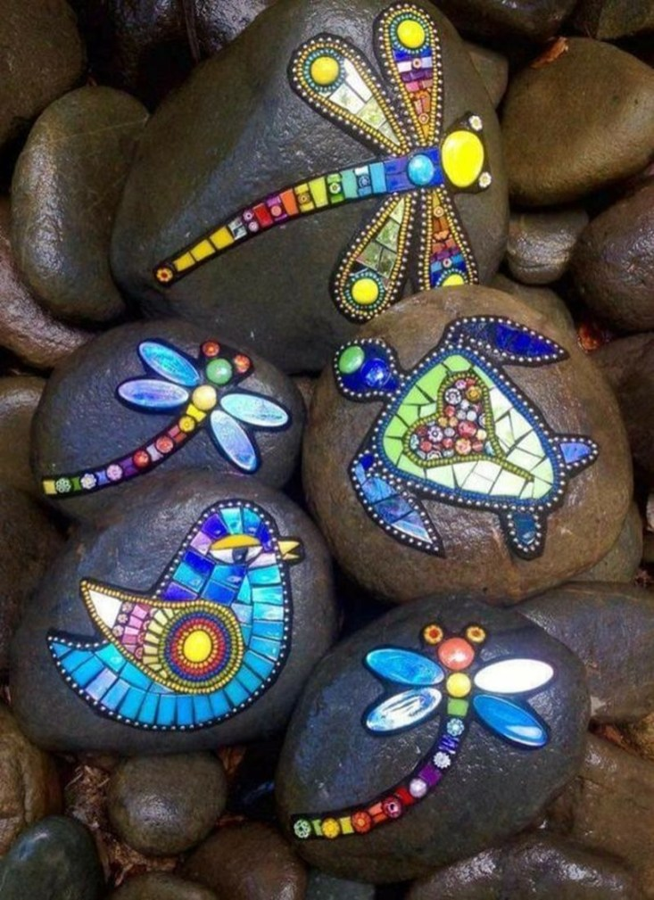 Adorable diy mosaic craft ideas to beautify your home decoration 52
