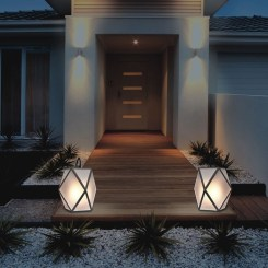 Adorable front yard lighting ideas for your summer night vibe 02