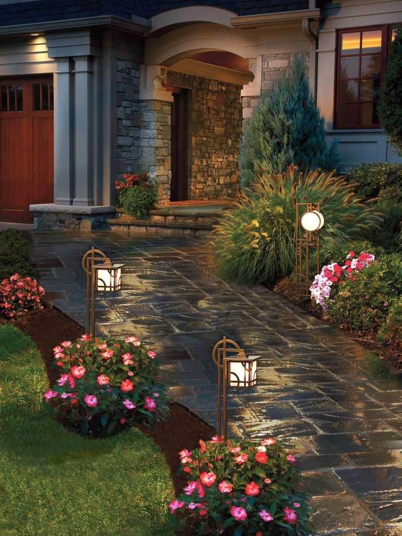 Adorable front yard lighting ideas for your summer night vibe 46
