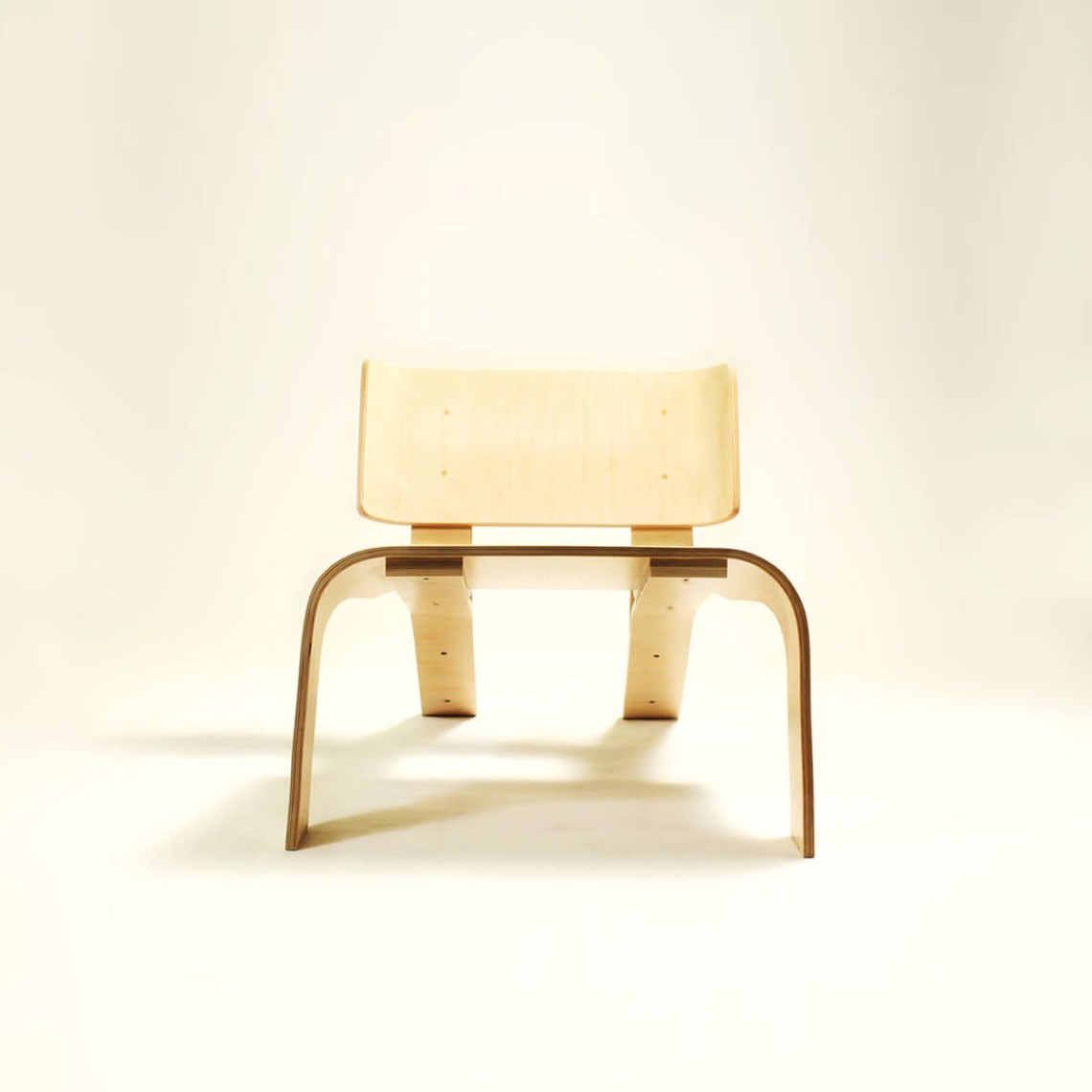 An interesting a bent plywood furniture chair you can make yourself