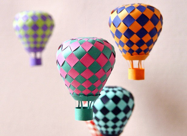 Best paper craft ideas with small and colorful balloons