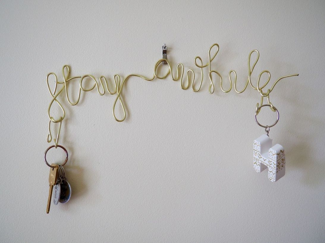 Diy home decor unused items crafts with wire key holder and gold color