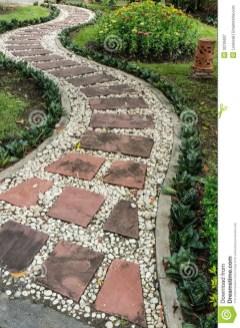 On budget garden walk path ideas for an easy movement around the garden 04