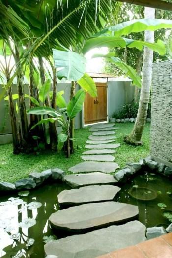 On budget garden walk path ideas for an easy movement around the garden 32