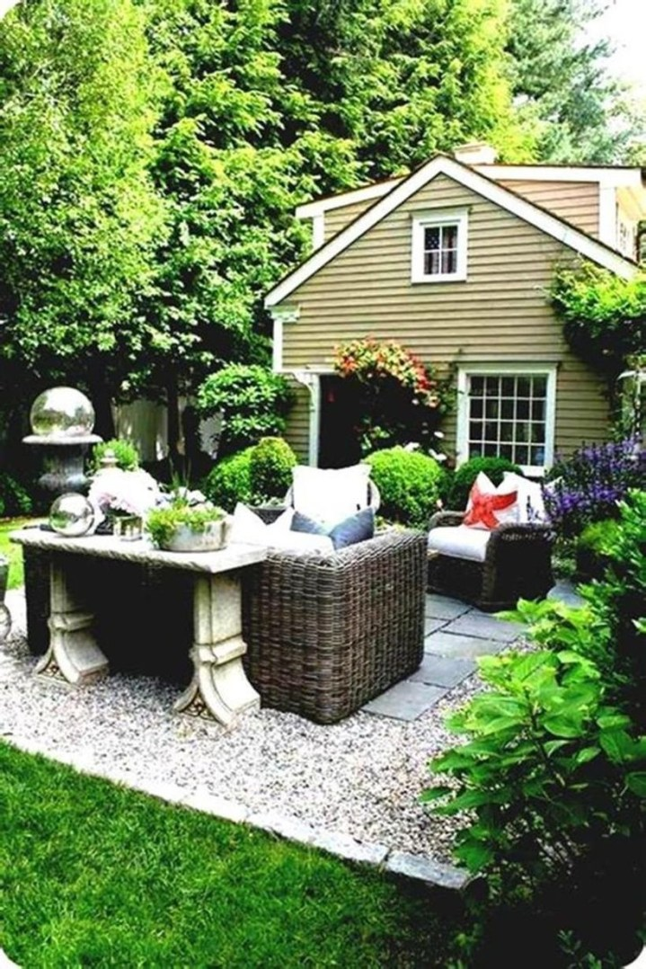 Simple patio design ideas to really enjoy your outdoor relaxing moment 24