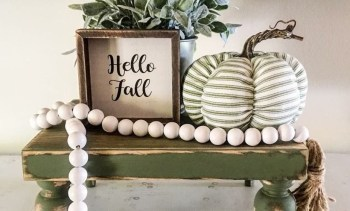 Diy centerpiece with pumpkins