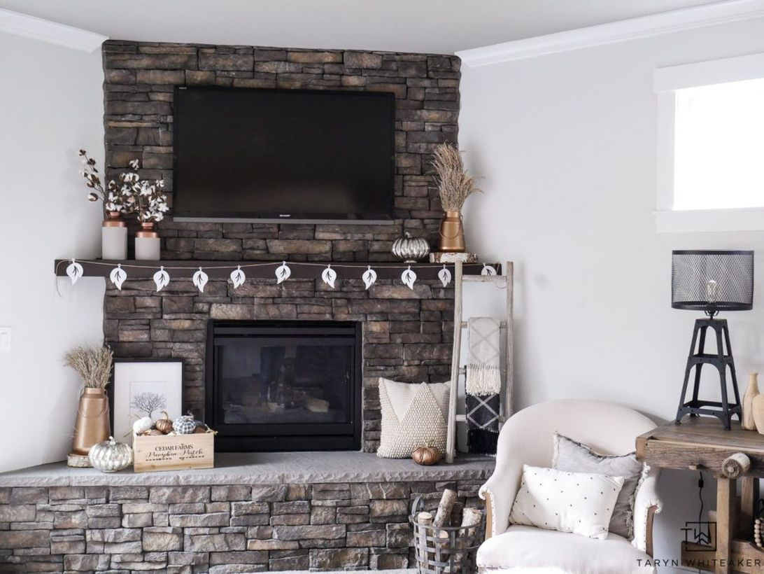White furniture fireplace decoration