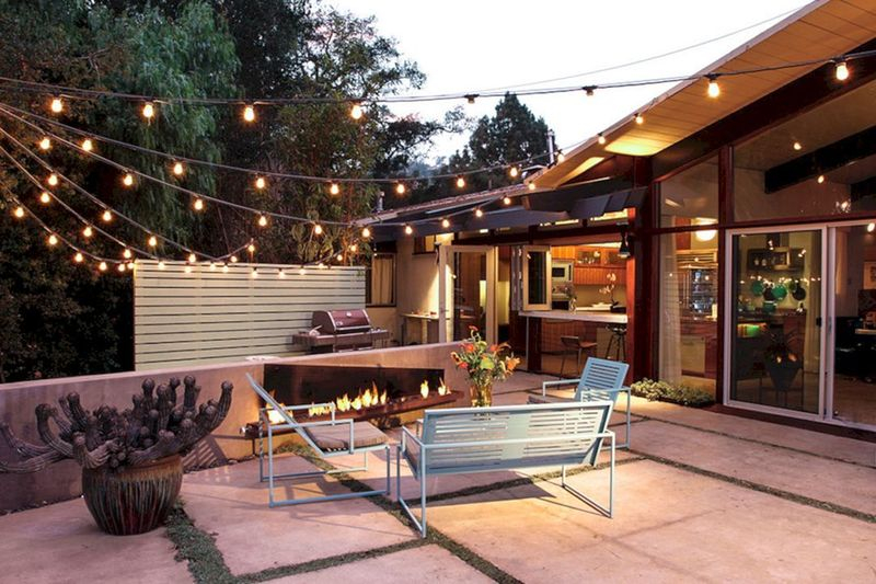Lighting ideas with string lamps for porch