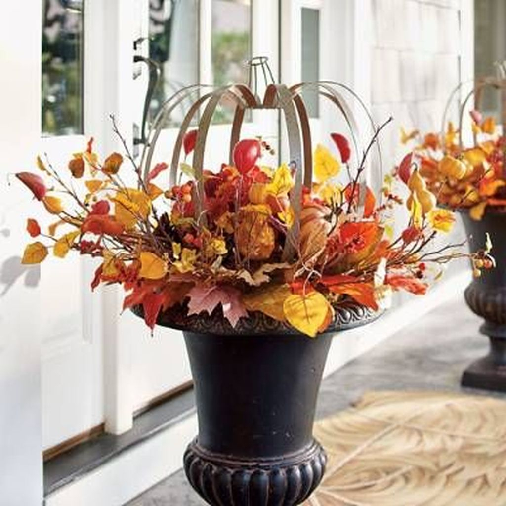 Black pot combined with orange plants