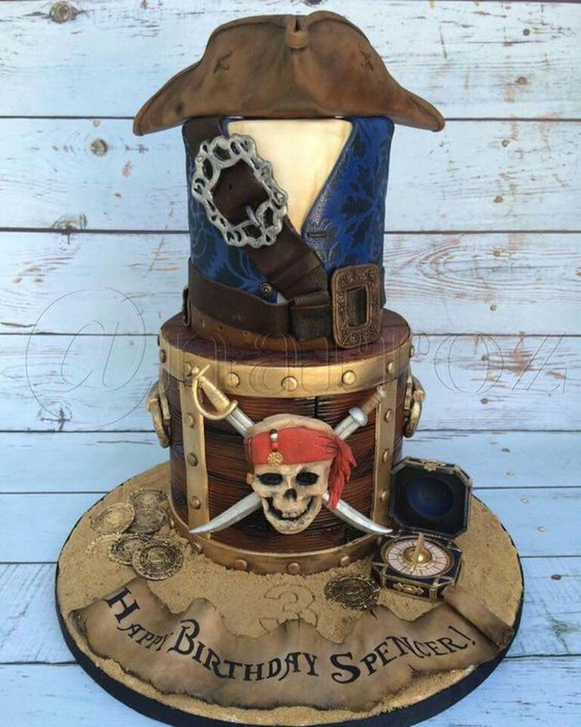 An elegant cake birthday with in the form of a pirate