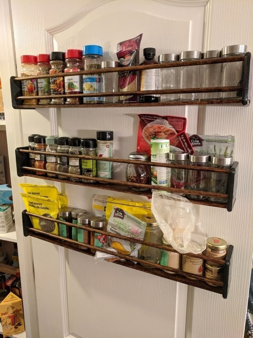 Door wall mounted spice rack