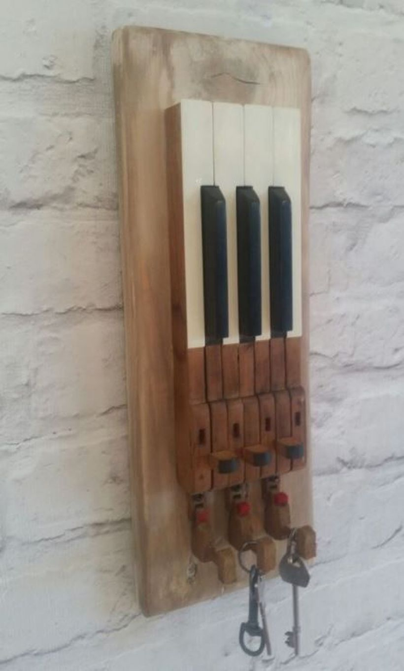 Hook wooden cut piano