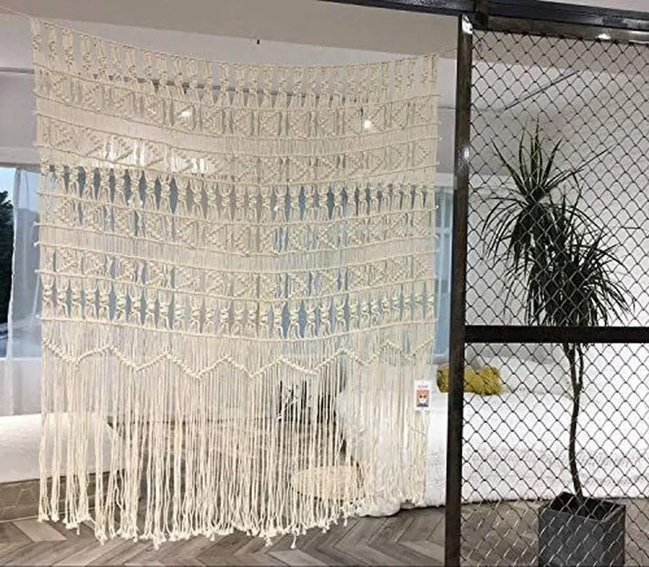 Pattern white curtain
