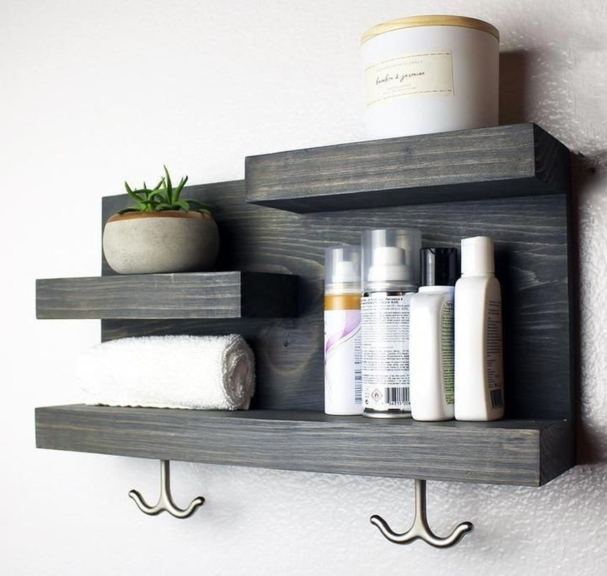 Simple hanging rack for your bathroom