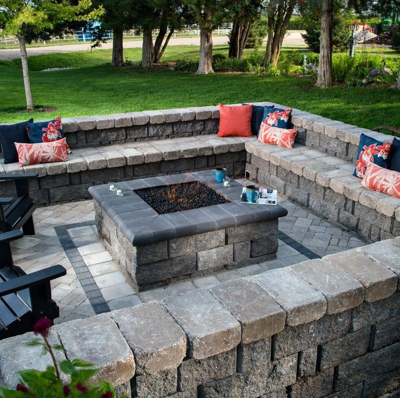 Square fire pit outdoor