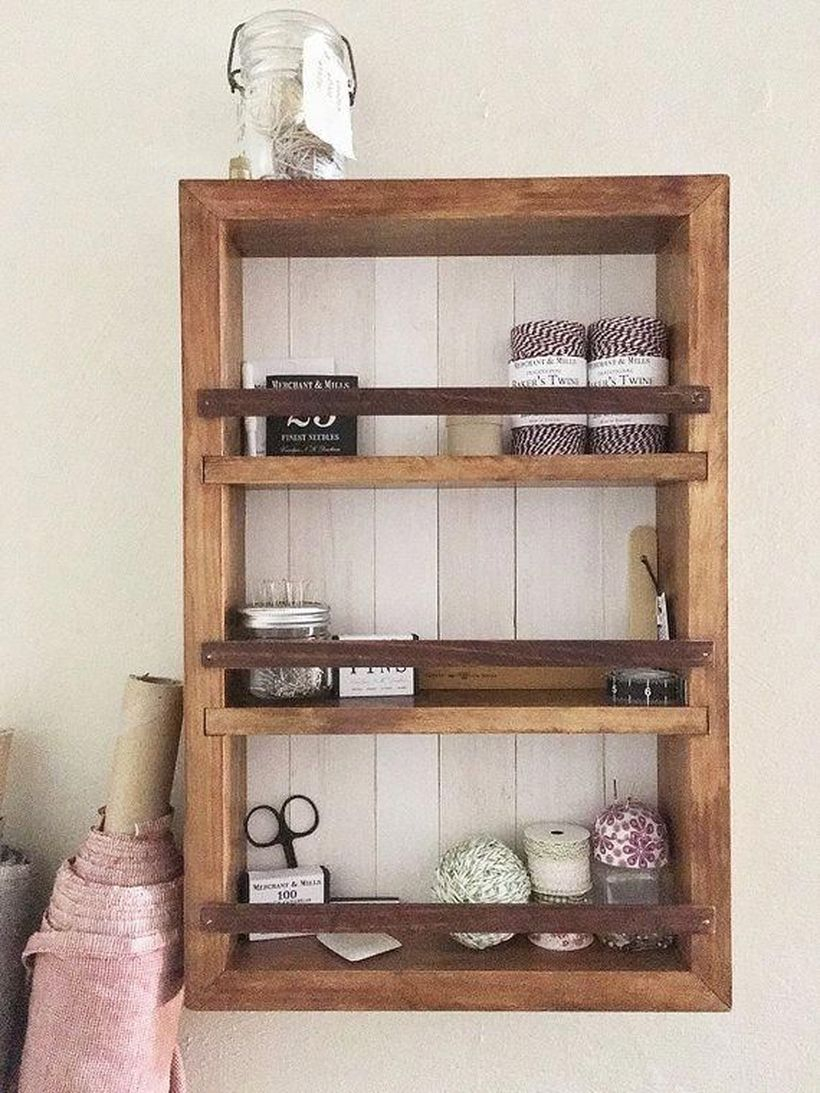 Wooden hanging rack