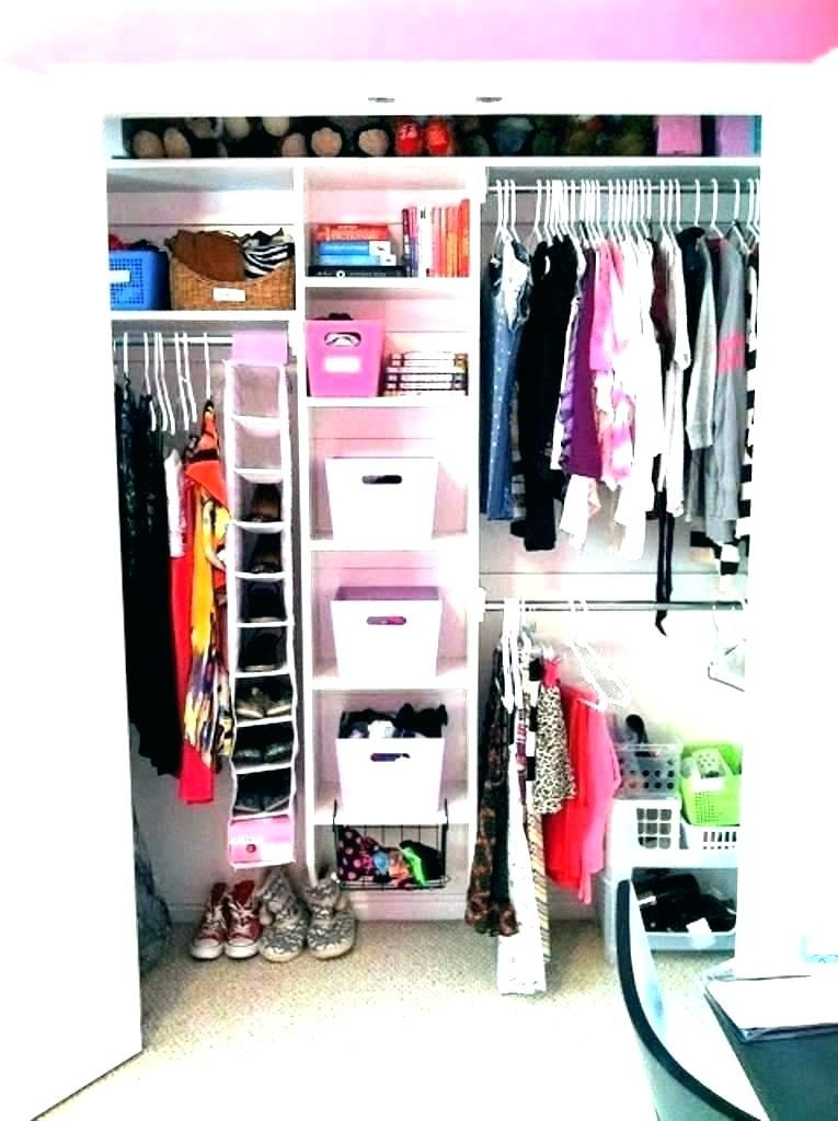 An awesome clothing storage with a wardrobe that merges to the shoe storage to complete your small bedroom storage