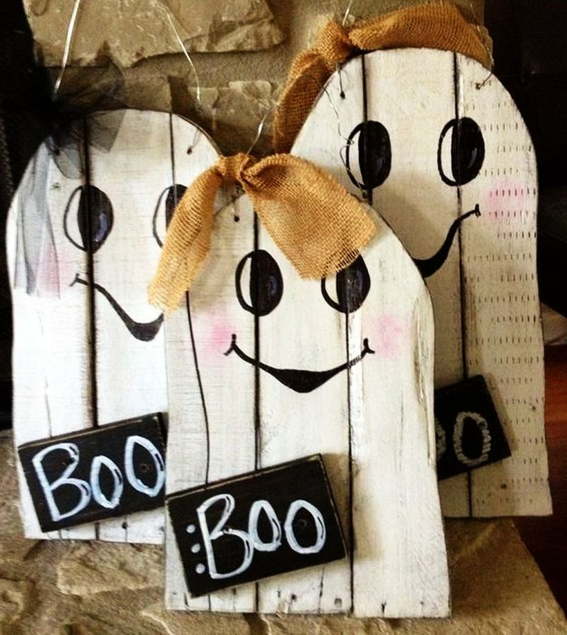 Cute white wooden pallet ghosties, black word tag and fabric ribbon decoration