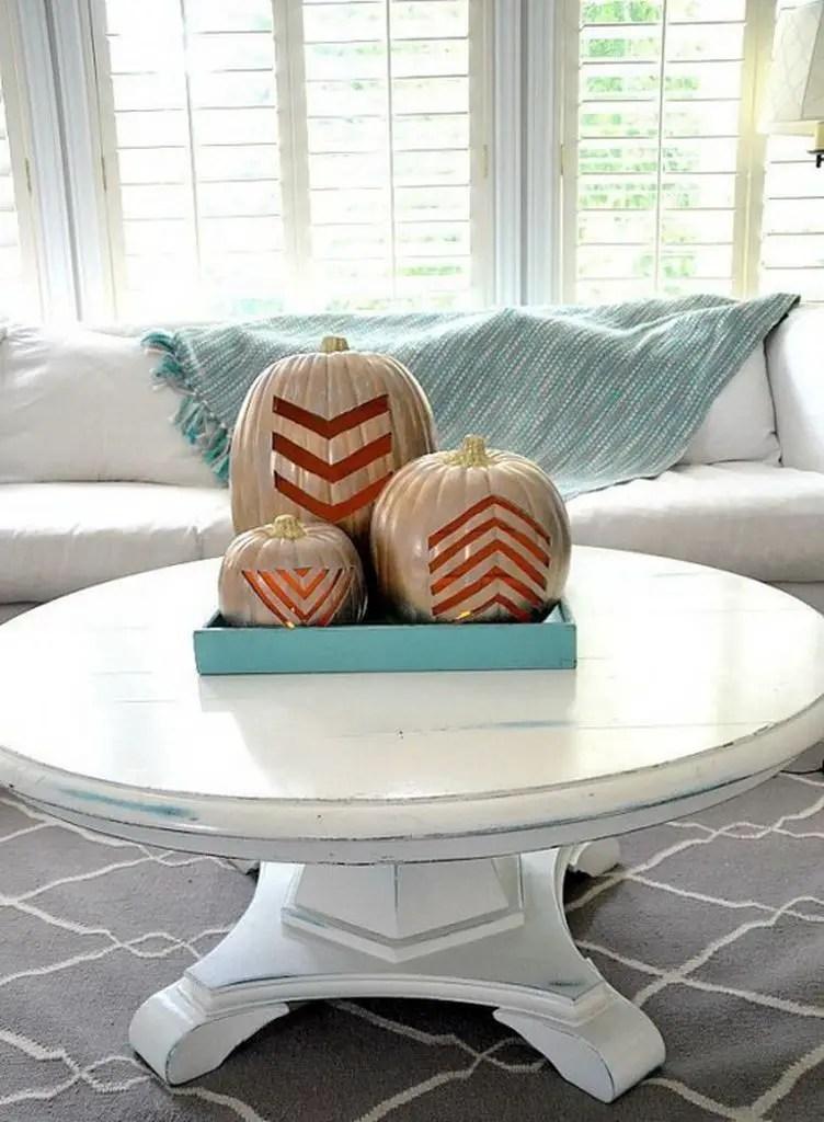Fall-coffee-table-décor-ideas