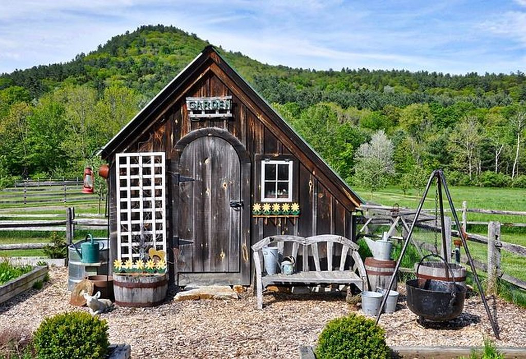 Garden shed in wooden material