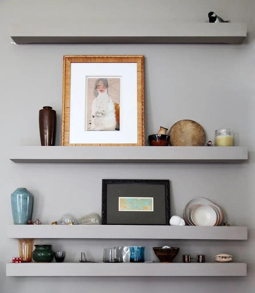 Light grey shelf to put your decoration