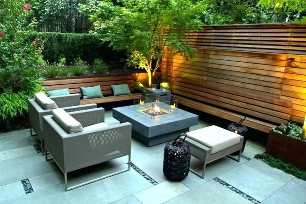 Natural garden screening ideas