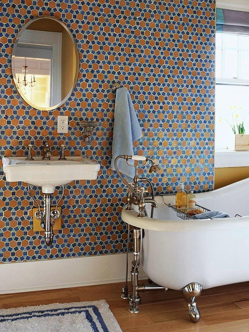 Round pattern wall with white sink and bathup for elegant bathroom decoration