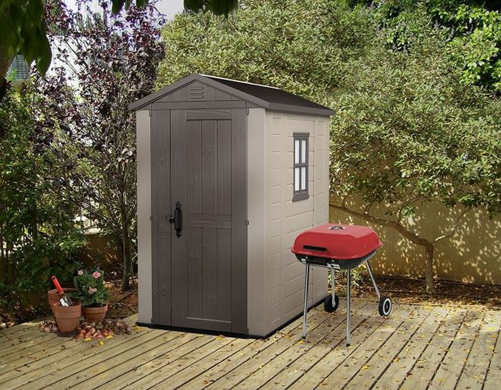 Small tool shed for garden