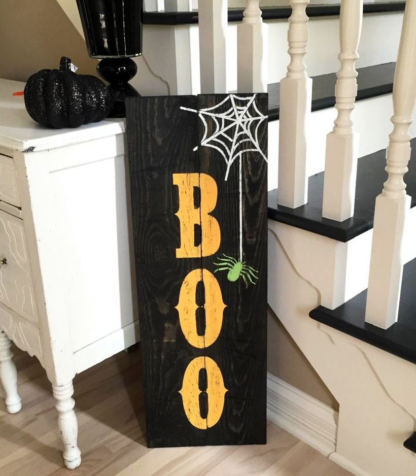 Square black pallet wood halloween ornament ideas